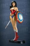 DC Direct: DC Universe Online Wonder Woman & Green Arrow Statues