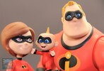 Disney Toybox The Incredibles In-Hand Figure Images