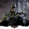 Batman: Arkham Knight – 1/6th scale Batman Collectible Figure From Hot Toys