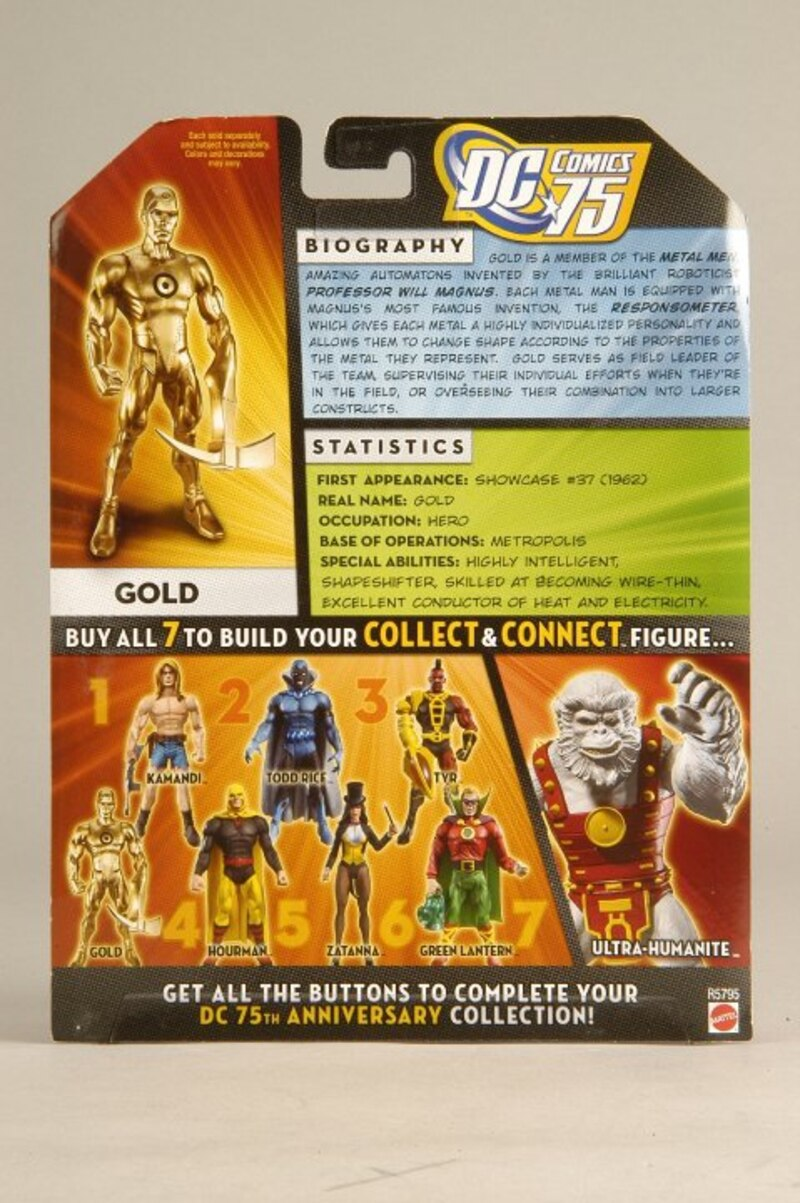 DC Universe Classics  Wave 14  GOLD  New in box Wal Mart exclusive