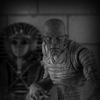 Mezco Toyz Presents NYCC Exclusive Black and White Mummy Variant