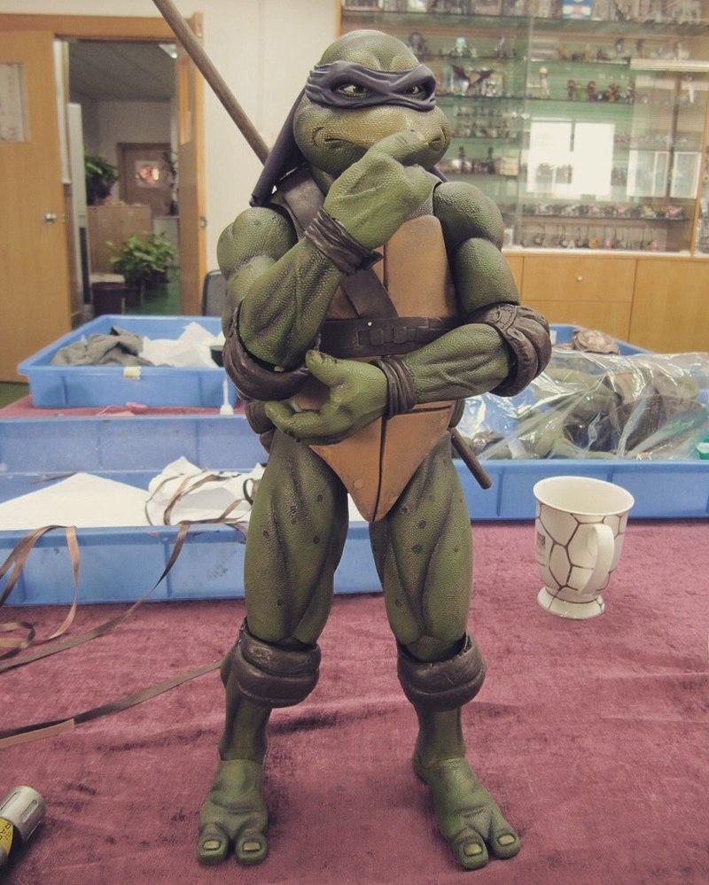 New Teenage Mutant Ninja Turtles 1990 Movie 1 4 Scale Donatello Figure Images From Neca