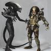 NECA 1/4 Scale Classic Predator & Alien Side-By-Side Shot
