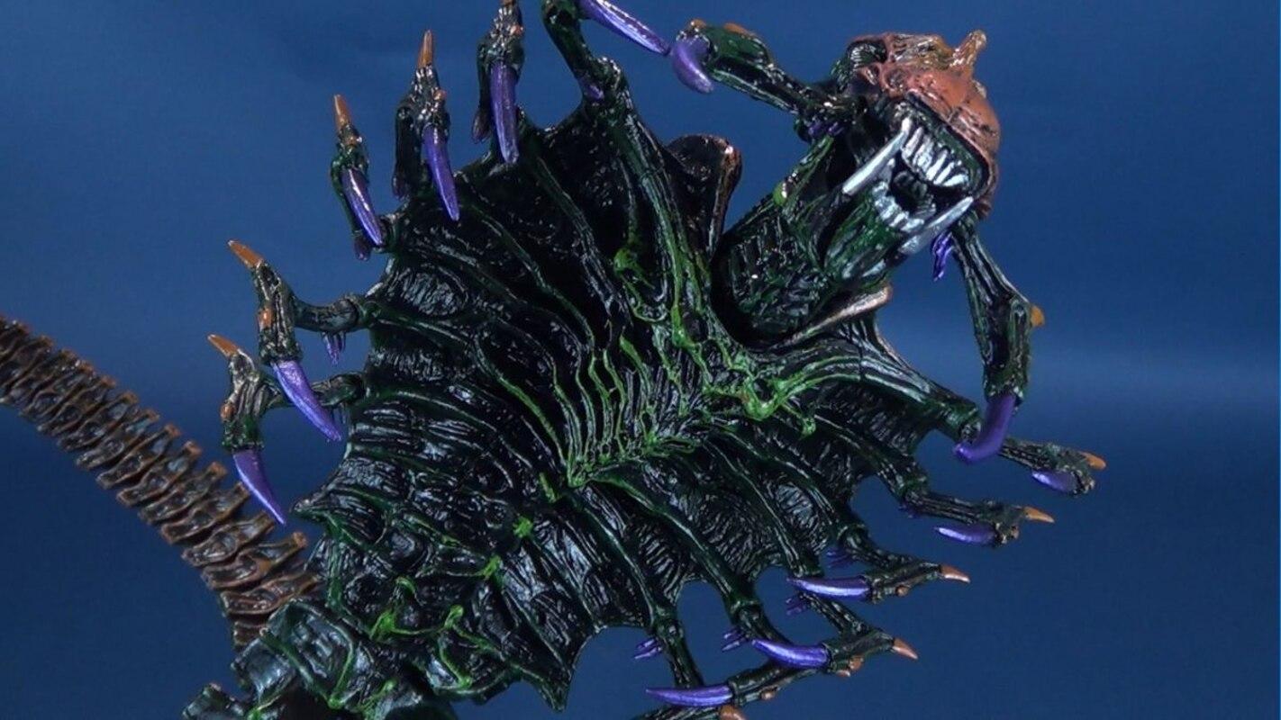 NECA Aliens Series 13 Space Marine Snake Alien Figure Video