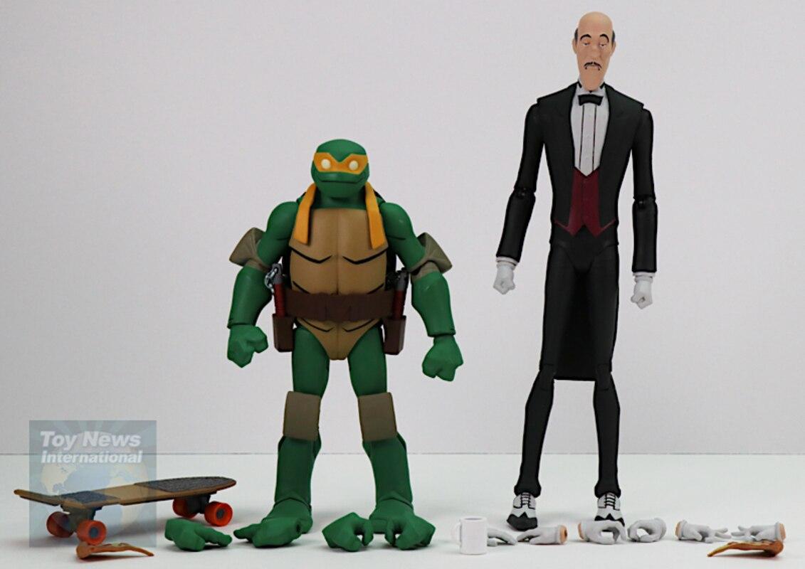 Batman vs TMNT Alfred and Michelangelo Action Figure 2 Pack Gamestop Exclusive