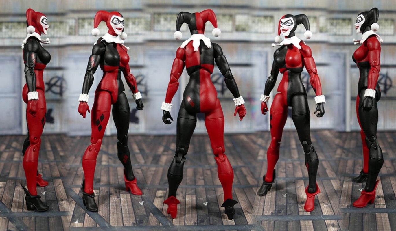 DC Essentials Harley Quinn DC Comics Action Figure