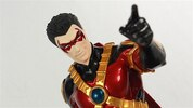 DC Comics Red Robin ArtFX+ Statue Video Review & Images