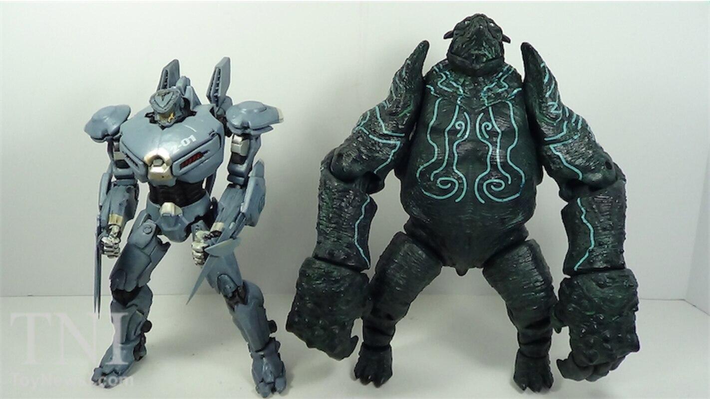 "Pacific Rim 7"" Kaiju Leatherback Figure Video Review & Images"