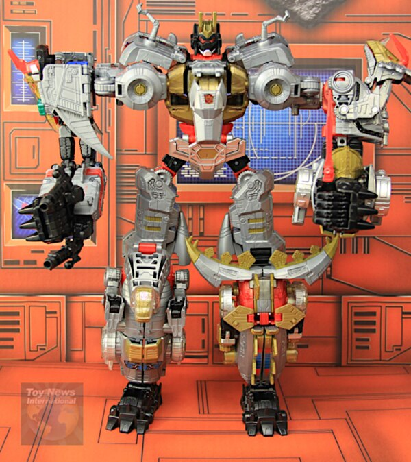 Review: Volcanicus Dinobot Combiner Team Transformers Power Of The Primes