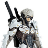 Metal Gear Rising Revoltech Raiden White Armor Figure Images