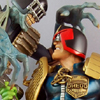 Judge Dredd vs Judge Death Statue